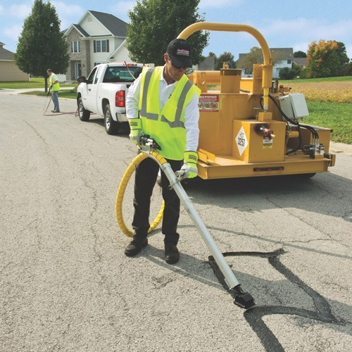 Crack Filling Roads, Crack Filling Equipment, Road Repair, Hot Pour Crack Filler, Crack Sealing Roads
